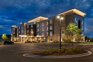 TownePlace Suites by Marriott Grafton