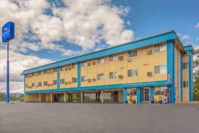 Baymont Inn & Suites Roseburg