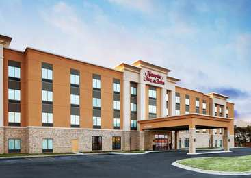 Hampton Inn & Suites Waukegan