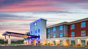 Holiday Inn Express Hotel & Suites Junction