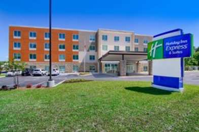 Holiday Inn Express & Suites South Alabama University Area Mobile