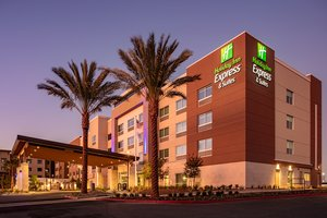 Holiday Inn Express Hotel & Suites Moreno Valley
