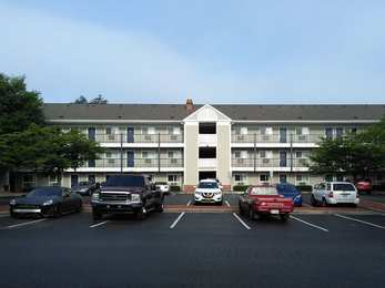 Studio 6 Extended Stay Hotel I-40 Greensboro