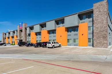 Studio 6 Extended Stay Hotel Plano