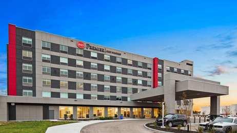 Best Western Premier Winnipeg East Hotel