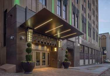 Tulsa Club Hotel