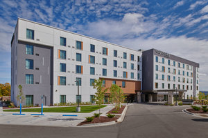 Courtyard by Marriott Hotel at Victories Square Petoskey