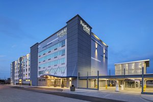Fairfield Inn & Suites by Marriott Downtown St Louis