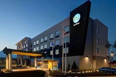 Tru by Hilton Hotel Manassas